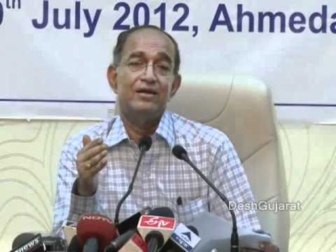 Chief Election Commissioner of India VS Sampath briefs media