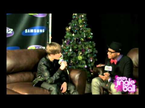Justin Bieber LIVE at Q102 Jingle Ball 2010 - q102.com