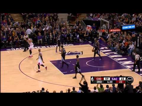 (Video) NBA: DeMarcus Cousins Flops & Joakim Noah Throws The Only Fit