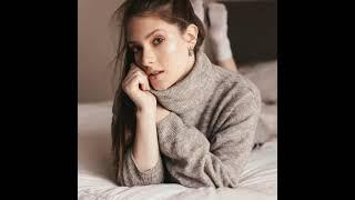 Wow....Gorgeous Renata Toscano Bruzón