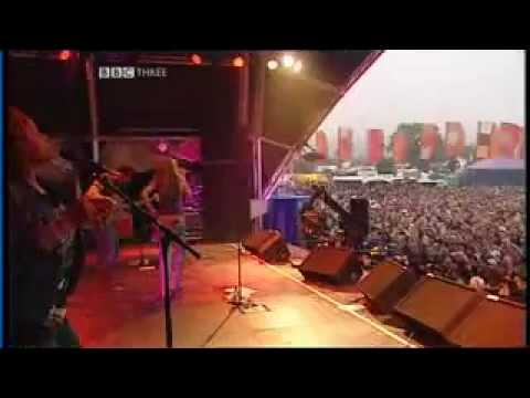 Joss Stone - Live Concert at Glastonbury 2004.flv