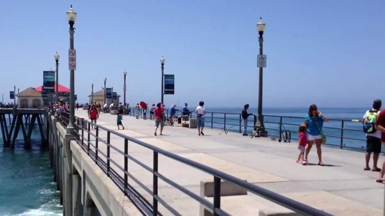 Huntington beach pier surf city usa youtube for Huntington beach pier fishing
