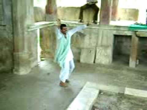 singing & dansing by villeger at bhangarh by sushil