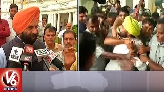 Two Men Disrupt Delhi Assembly | Thrashed By AAP MLAs