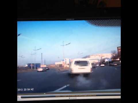 Владивосток. В ДТП на выезде с Золотого моста  20.01.2014