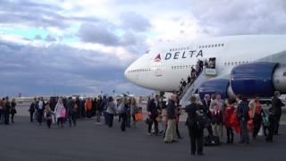 TigerNet.com - Clemson arrival in Tampa