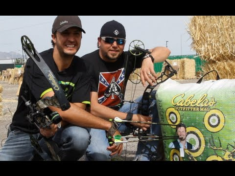Luke Bryan Hosts ACM & Cabela's Great Outdoors Archery Event