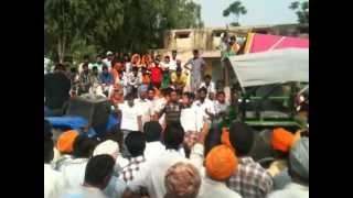 Tractor tochan TOOFAN vs INDOFARM