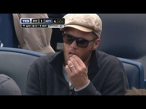 Brady attends Yankees-Pirates in the Bronx