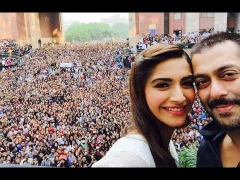 Unbelievable Crazy Crowd Gathered For Salman Khan In Delhi