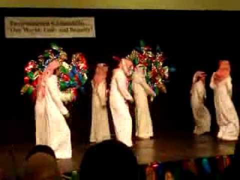 رقص سعوديين  بمناسبة راس السنه