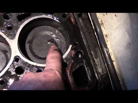 причины почему стучат пальцы в двигателе ваз21011 стоит