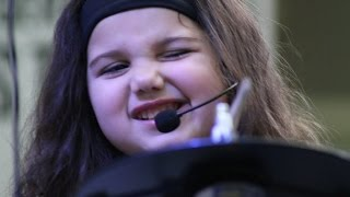 Eduarda Henklein (4 Years old) - Hey You - Pink Floyd (COVER DRUMMER)