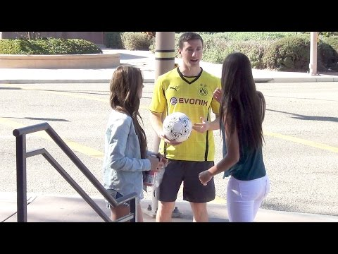 Dortmund Lewandowski imposter picking up girls