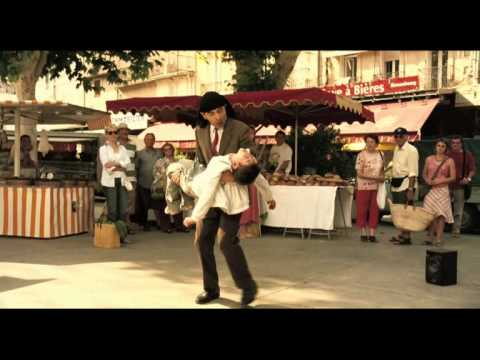 Mr.bean Holiday - Mr.bean's Dance video