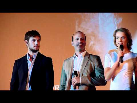 Alex Pettyfer, Teresa Palmer, D.J Caruso - I Am Number Four