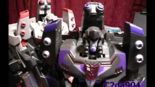 TF Critic Review: Shadow Blade Megatron