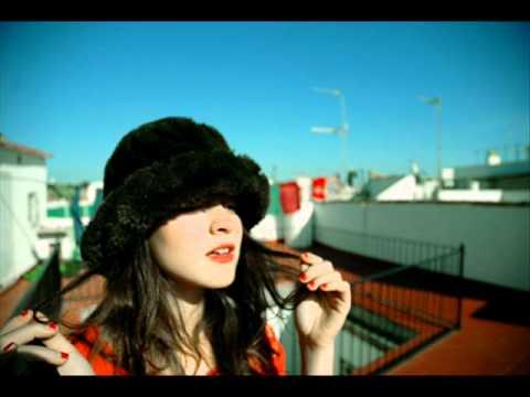 Russian Red - My love is gone (subtítulos en español)
