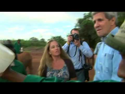 John Kerry takes 'selfie' with elephant in Kenya