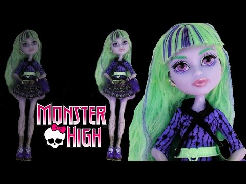 Monster High 13 Wishes Movie Twyla Doll Toy Unboxing Review  Daughter of the Boogie Man