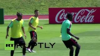 France: Portuguese football team delights fans with public training session