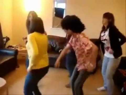احلا رقص سامبا سعوديين من حول العالم من تصميم thumbnail