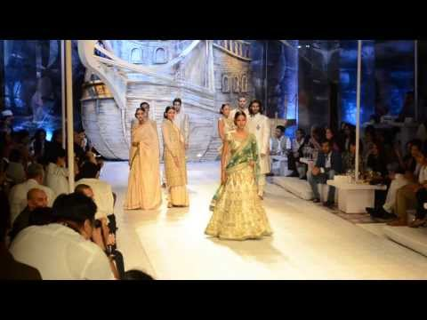 Nethra Raghuraman in the ivory Bridal segment at J J Valaya's Asia Bridal Fashion presentation