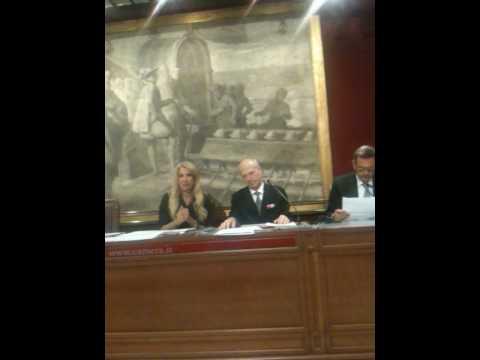 Ca' d'Oro – Gabriella Carlucci presenta la Gioconda Nuda a Margherita di Savoia