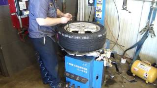 "Tire Changer for up to 24"" Rims"