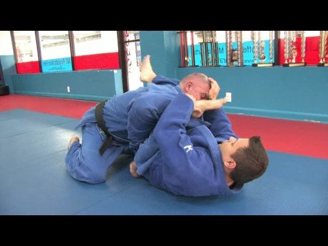 Jiu-Jitsu & Judo Submission Moves : Jiu-Jitsu & Judo Submission Moves: Shoulder Locks Image 1