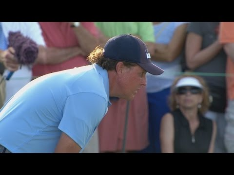 Phil Mickelson's dialed-in approach leads to birdie at Honda