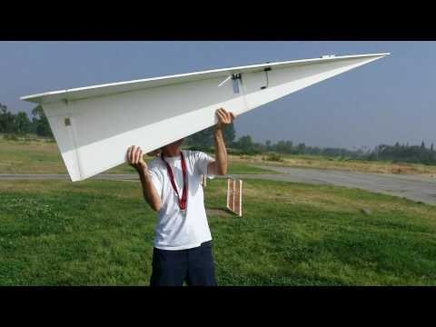 LARGE FLYING  RC PAPER AIRPLANE