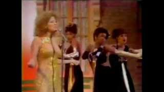 Watch Bette Midler Red video