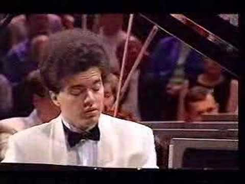 Kissin -Rachmaninov piano concerto #2, mvt. II. (part 1)