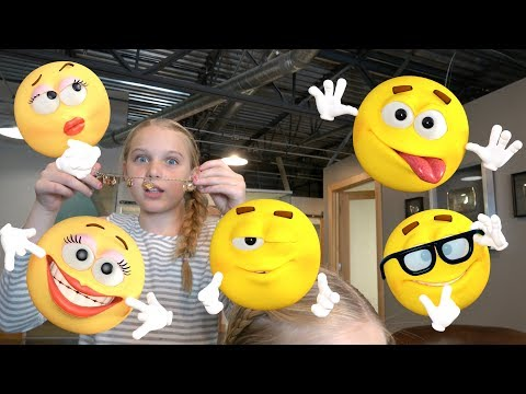 LOOK AT ALL THESE EMOJIS!