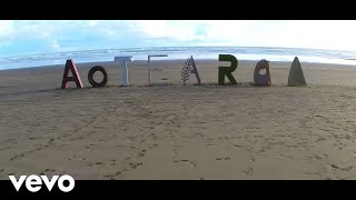 ginny blackmore and stan walker dating Ginny blackmore is a kiwi singer who writes choosing to team up with close friend stan walker to create the beautiful ballad 'holding you' which also.