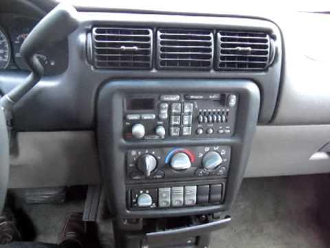 1999 Pontiac Montana Extended Family Van - YouTube