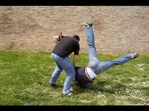 MUST WATCH (Best Self Defense Technique in a Fight)