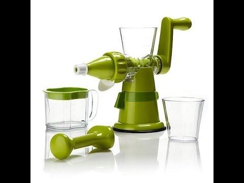 Hand Crank Slow Juicer : Kitchen Master Manual Juicer - YouTube