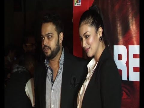 Spotted Ayesha Takia With Hubby At Nagesh Kukunoor's Party. video