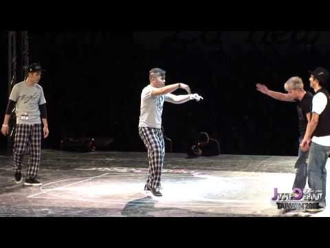 Popping Final - Flexion Boogz vs Snow & Bonez | Juste Debout Taiwan 2013