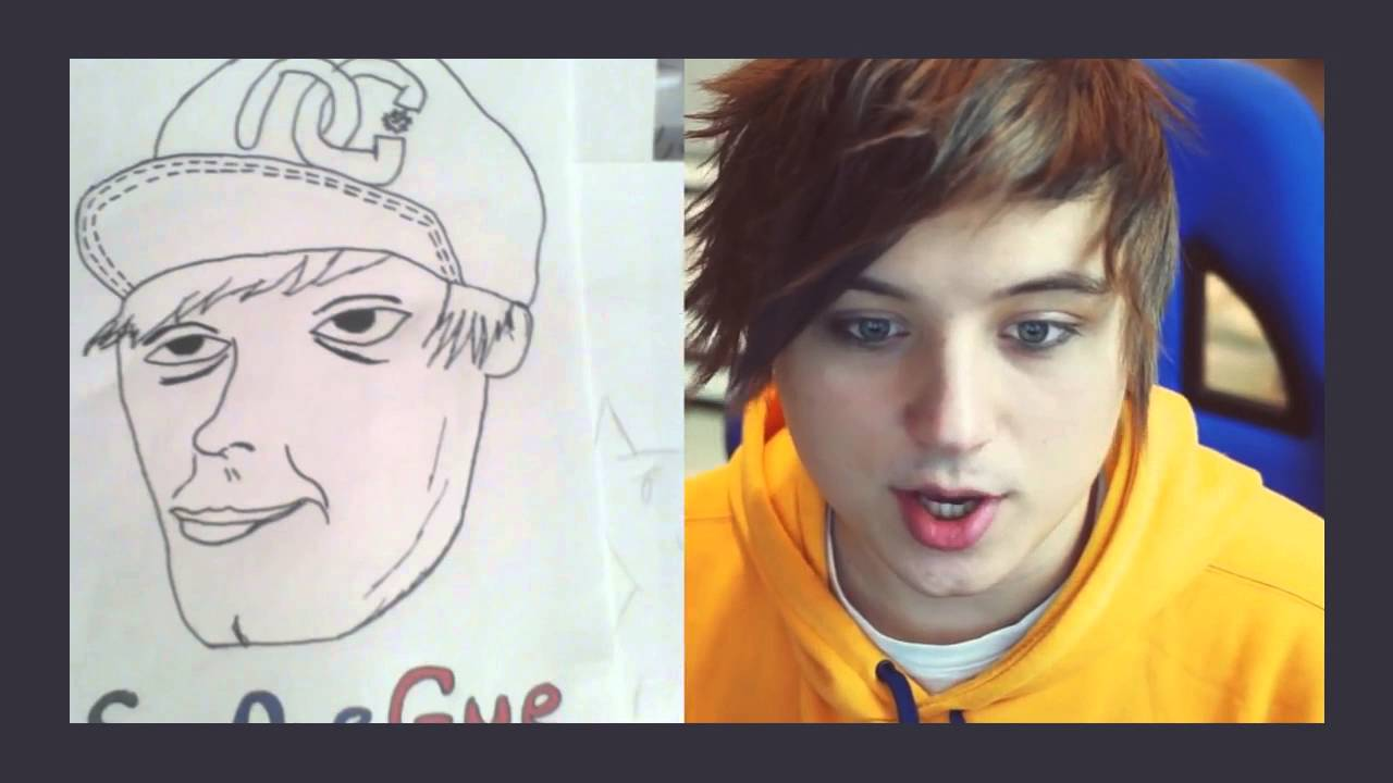 Ивангай рисует сам себя