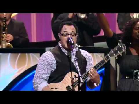 Lakewood Church Worship feat. Michael Gungor and Israel Houghton - 6.19.11 - pt 1