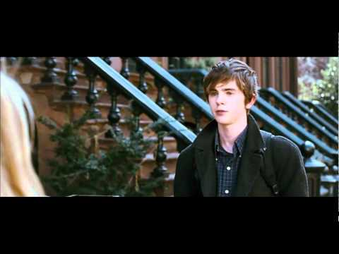 The art of getting by - trailer 2011 HD (Freddie Highmore, Emma Roberts)