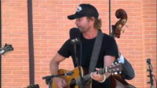 Watch Dierks Bentley Rovin Gambler video