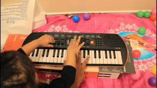 Kids piano toy unboxing Casio Casio SA-76 and playing for varshu