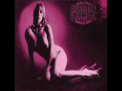 Atomic Bitchwax - Gettin Old