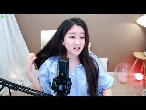 中國-菲儿 (菲兒)直播秀回放-20190408 怎麼可能沒有脖子呢??