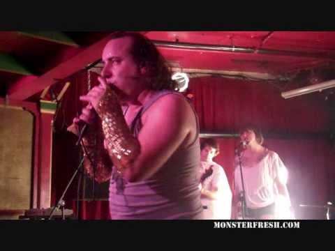Har Mar Superstar - &quot;Alone Again (Naturally)&quot;     [LIVE @ CHOP SUEY]
