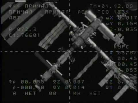 Soyuz-TMA-17 Docking (time lapse)